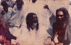 Photo of Maharishi Mahesh Yogi that no one has seen.