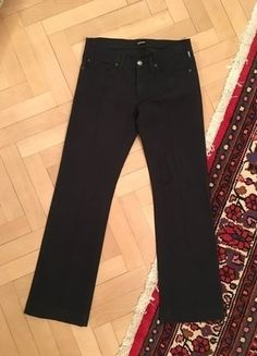 Kupuj mé předměty na #vinted http://www.vinted.cz/damske-obleceni/spolecenske-kalhoty/13789841-elegantni-cerne-spolecenske-kalhoty-versace