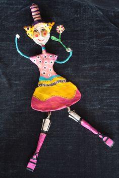 """Figuren aus Pappmasche von Jeanett Rotter """"Das Blumenmädchen"""""""