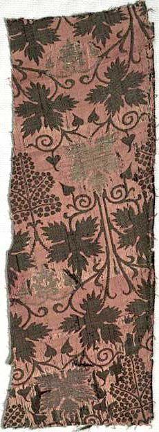 Brocaded silk fragment, lampas weave, ca. 1360 -1390, Italy