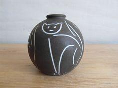 Vintage Danish pottery  small vase  cat motif  black by danishmood, kr370.00