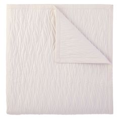 Company C Fountain Ivory Quilt @LaylaGrayce