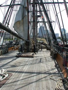 Master and Commander's HMS Surprise ( HMS Rose )