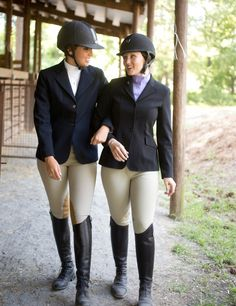 Beautifully Attired & Ready to Show - Expert advice on horse care and horse riding Equestrian Girls, Equestrian Boots, Equestrian Outfits, Equestrian Style, Equestrian Fashion, Legging Outfits, Riding Helmets, Riding Boots, Horse Riding Clothes