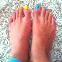 Blue and Green toe nails!