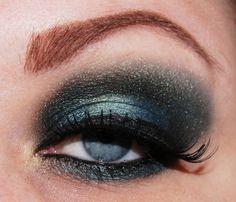 love this smokey eye!