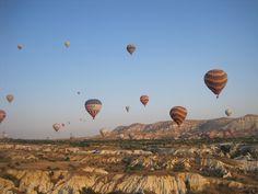 Gli Elementi! #twitpic dedicata all'ARIA! Mongolfiere nei cieli della Cappadocia di RobyeNello