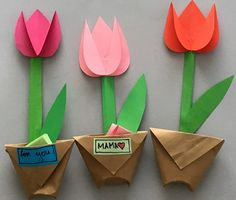 This colorful paper tulip flower craft makes a great spring kids craft or spring flower craft for kids. It also makes a great Mother's Day craft for kids. Mothers Day Crafts For Kids, Spring Crafts For Kids, Crafts For Kids To Make, Mothers Day Cards, Projects For Kids, Art For Kids, Kids Diy, Art Projects, Diy Mother's Day Crafts