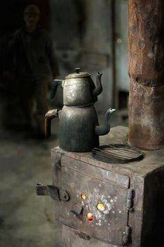 Old Tea Kettle | Sekerli Çay