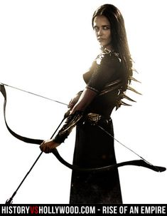 Eva Green as Artemisia readies her bow and arrow in the Rise of an Empire movie. Notice the spine on Eva Green's costume. Eva Green 300, Ava Green, Au Hasard Balthazar, Empire Movie, 300 Movie, Actress Eva Green, Mundo Comic, Penny Dreadful, French Actress
