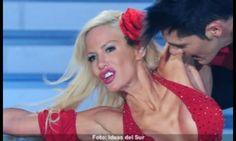 Luciana Salazar - La Mutación (Argentina, 1980, 1.54m, 43kg, 100-56-96) 1) Una bonita señorita 2) Algunos retoques para ser más llamativa 3) La deformación No es un juicio de valor sobre ella que tiene todo el derecho de ser como quiera. Muestra mi profunda incomprensión sobre la sociedad: ¡¿Sex symbol?!