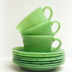 Favorite type of coffee and tea cups right here folks.
