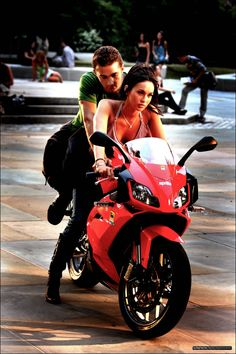 Megan Fox is the baddest bitch on the Aprilia RS125!  Awesome American made motorcycle