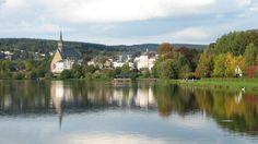 Homes in Vielsalm, province of Luxembourg, Belgium. Photo: Isa de 1975. Living at a #lake