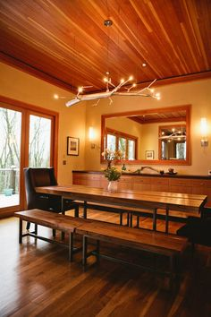 Melodys Beautifully Designed Pacific Northwest Kitchen