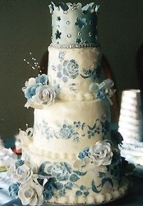 crown birthday cake - I would edit some of the ornaments to create a more sophisticated look.  Nice blues. kw