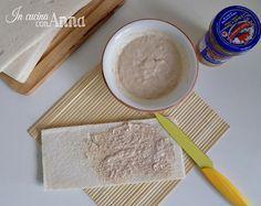 Semplicissima da fare e molto saporita la salsa tonnata è una di quelle ricette che non può mancare in nessun ricettario.