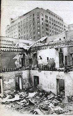 1973. Interior de La Moneda Victor Jara, Latin America, Explore, Carpe Diem, Buses, Travelling, Vintage, Blog, Photos
