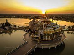 Wat Ban Rai (the #elephant #temple) near Nakhon Ratchasima, #Thailand (#Korat)…