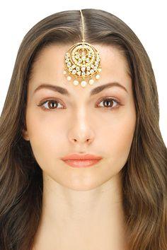 Rhodium plated cubic zirconia and pearl maang tikka by Vasundhara. Shop now: www.perniaspopups.... #jewellery #maangtikka #vasundhara #pretty #gorgeous #shopnow #perniaspopupshop #happyshopping