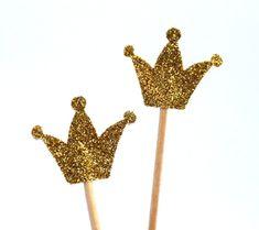 10 goldene Kronen bzw. Muffin-Dekoration von ChristianePaper