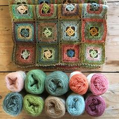 Plant Dyed by Mehlsen- Plant dyed yarn is magical in the sense that largely all colours and nuances match each other. Love Crochet, Crochet Motif, Crochet Designs, Knit Crochet, Crochet Blocks, Crochet Squares, Crochet Blanket Patterns, Granny Squares, Manta Crochet