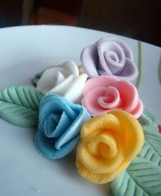 Cake Decorating Tips, Cookie Decorating, Como Hacer Royal Icing, Cake Cookies, Cupcakes, Cooking Cake, Biscuits, Yummy Food, Desserts