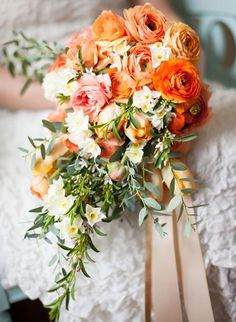Do we spy some ranunculus? Why yes we do! And how cute does it look in that bouquet created by Finch and Thistle and captured by Stephanie Cristalli Photography?