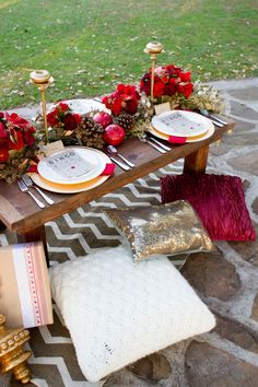 The Perfect Palette: Cranberry + Gold Holiday Shoot http://www.theperfectpalette.com/2013/12/cranberry-gold-holiday-shoot.html