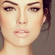 28 Neutral Wedding Makeup Ideas | HappyWedd.com #PinoftheDay #neutral #wedding…
