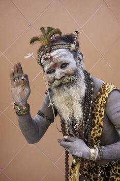Sadhu at Kumbh Mela, Haridwar, India. 2010 #kumbh #indebo