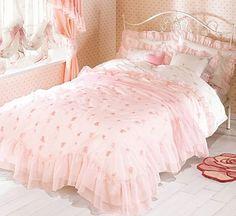 shabby pink bedroom