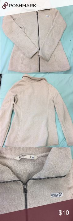 Old Navy jacket Old navy fleece jacket, size XS. Some pilling but otherwise in good condition. Perfect for chilly fall days! Old Navy Jackets & Coats