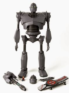 """Dunny Addicts: Preview: 16"""" The Iron Giant by Mondo"""