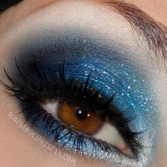 pretty blue eye makeup idea
