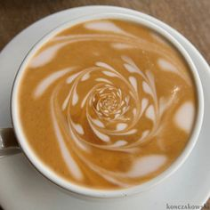 Great ways to make authentic Italian coffee and understand the Italian culture of espresso cappuccino and more! Coffee Gif, Coffee Latte Art, Coffee Break, Best Coffee, Coffee Shop, Morning Coffee, Coffee Lovers, Decaf Coffee, Coffee Barista