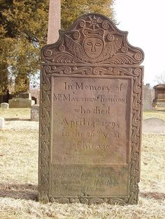 A good example of the transition from the death's head to the winged cherub, representing the soul. Cemetery Monuments, Cemetery Statues, Cemetery Headstones, Old Cemeteries, Cemetery Art, Graveyards, Cemetery Dance, Unusual Headstones, Gardens Of Stone