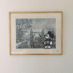 Mickey in London #hama #artkal #fusebeads #mickeymouse #mussepigg #pärlplattor #pärlplatta #pixelartsweden