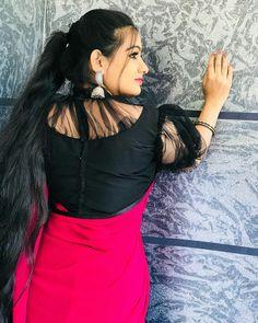 Beautiful Saree, India Beauty, Blouse Designs, Beauty Women, Sarees, Empire, Backless, Mini Skirts, Chinese