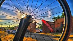 Life beautiful #mountainbiking #goals #braap #santacruz #livetoride #dirtjump #rampage #mountainbike #redbull #scott #devinci #giant #followme #like4like #love #amazing #mtn_bike_geek #roadbike #airplane #sworks #venge #low #cycle #aero #photoshoot #sramred #enjoymoment #trilife #triathlon #triathlontraining
