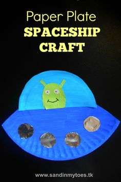 Simple and easy spaceship craft for kids made with a paper plate. #artsandcraftsforkidswithpaper,