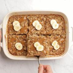 Baked Oatmeal Recipes, Banana Recipes, Vegan Recipes, Vegan Baked Oatmeal, Peanut Recipes, Health Recipes, Healthy Sweets, Healthy Breakfast Recipes, Healthy Baking