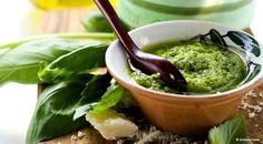 Perk Up Your Dishes with Pesto! This source site offers recipes & great pesto suggestions. Sauce Pesto, Pesto Recipe, Clean Recipes, Healthy Recipes, Healthy Snacks, Cooking Herbs, Cooking Tips, Filling Food, Panera Bread