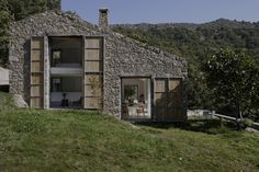 ÁBATON Architects · Off Grid Home in Extremadura · Divisare