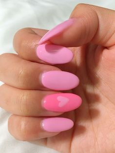 Rounded Acrylic Nails, Acrylic Nails Coffin Short, Simple Acrylic Nails, Summer Acrylic Nails, Best Acrylic Nails, Summer Nails, Pink Gel Nails, Cute Gel Nails, Almond Nails Pink