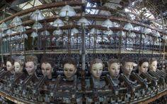 人形製造工場