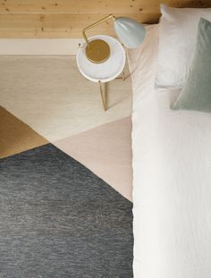 Simple geometry and a seemingly endless palette of colour combinations give this custom made rug a contemporary edge. Bespoke Marle is a custom rug program available for trade professionals. Simple Geometric Designs, Geometric Lines, Room Rugs, Rugs In Living Room, Living Area, Usa Living, Interior Decorating Styles, Rugs Usa, Custom Rugs