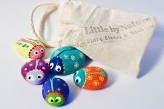Painted stone bugs/ ladybugs pebbles by LittlebyNature on Etsy https://www.etsy.com/listing/515568376/painted-stone-bugs-ladybugs-pebbles