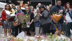 Un mare di fiori: così Sydney saluta i suoi morti