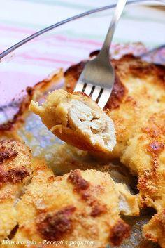 Sastojci   oko 600 g. pilećeg belog mesa  2 dcl. kisele pavlake  1 jaje  3 kašike prezli  3 kašike parmezana ili nekog drugog pikantnog si...
